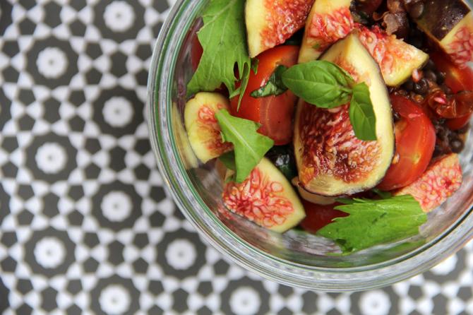 tomaten linsensalat mit frischen feigen lunch im glas. Black Bedroom Furniture Sets. Home Design Ideas