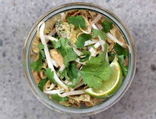 Edamame-Pasta mit Chicken und Broccoli