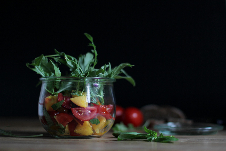 Tomatensalat mit Nektarinen